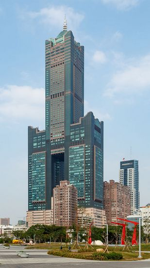 kaohsiung_taiwan_kaohsiung-85-building-01